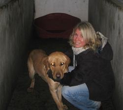 Carina och hunden Andy.